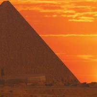 ГРАДЕЖ: Тайнствената сила на пирамидите Δ