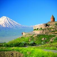 ГРАДЕЖ: Арарат, пленената планина, символ на силата на арменския народ