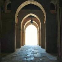 ГРАДЕЖ: Трите врати на мъдростта
