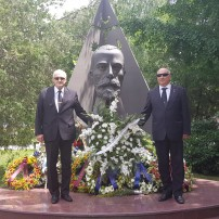 (20170624) Поднасяне на венци на паметника на Иван Ведър (+ГАЛ) (+ВИД)