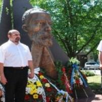 (20070624) В МЕДИИТЕ: В Разград откриха паметник на първия масон у нас
